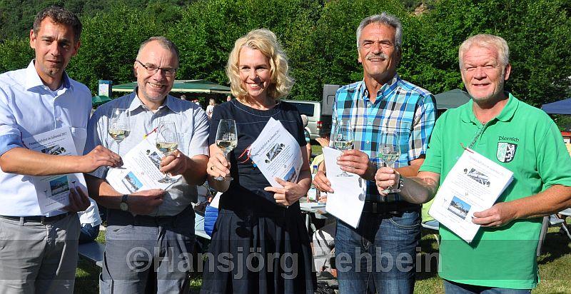 Eröffnung: Mirko Helmut Kohl (Ortsvorsteher Winzenheim), Dr. Volker Hertel (Bosenheim), OB Dr. Heike Kaster-Meurer, Norbert Welschbach (stellv. Ortsvorsteher BME) und Dirk Gaul-Roßkopf (Planig)