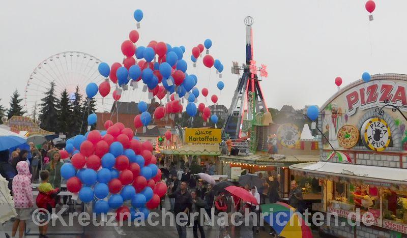 Jahrmarkt KH 2017 Eröffnung Ballons