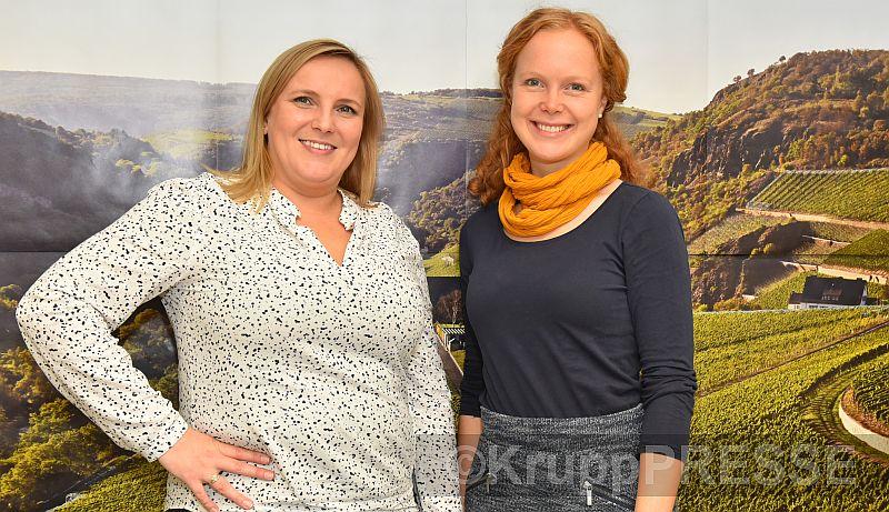 Verstehen sich gut: Die scheidende Weinland-Nahe-Geschäftsführerin Hannah Leubner (links) und ihre Nachfolgerin Nadine Poss. (Foto: KruppPresse)