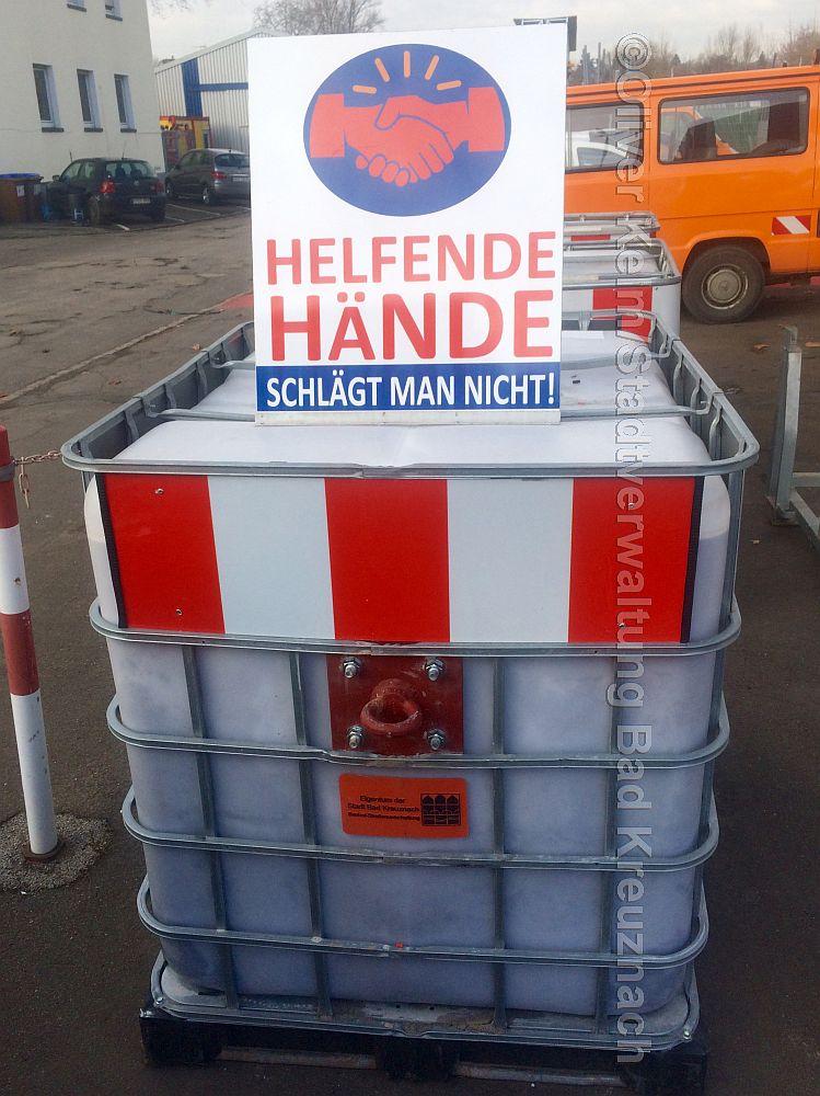 Helfende Hände schlägt man nicht
