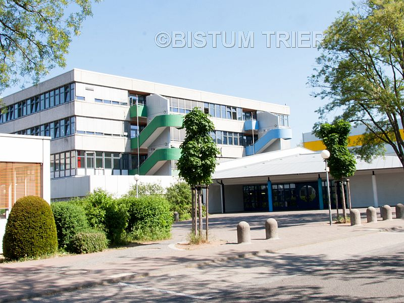 Die Alfred-Delp-Schule in Hargesheim, dessen Träger das Bistum Trier ist, wird zu einer Realschule Plus. Der gymnasiale Zweig bleibt weiterhin bestehen.